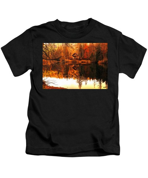 Autumn Dreams Reflected L A S  Kids T-Shirt
