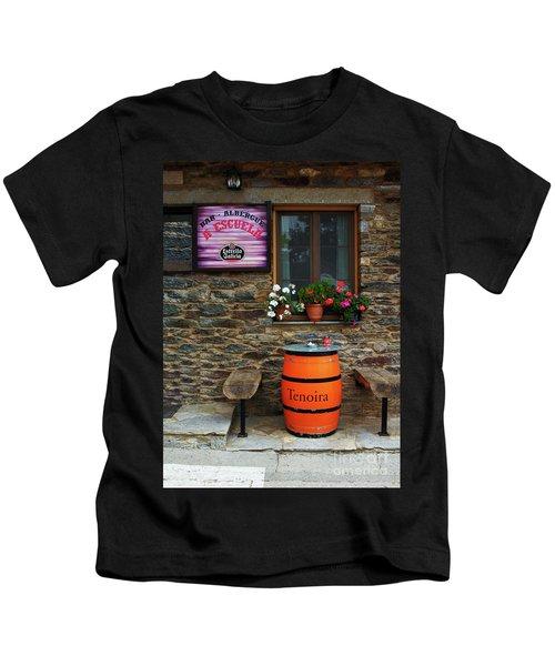 Camino Pilgrim's Repast Kids T-Shirt