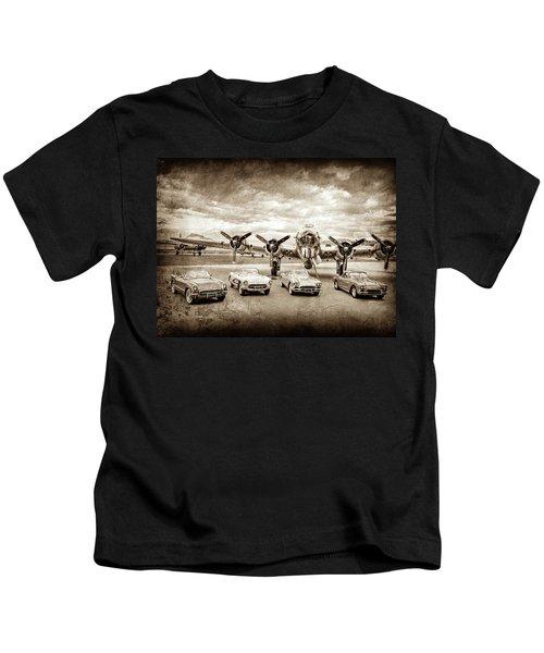 Corvettes And B17 Bomber -0027cl2 Kids T-Shirt