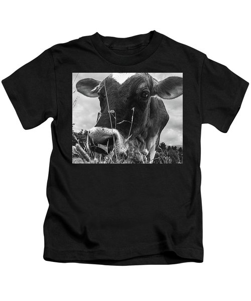 Cow In The Grass Bw Kids T-Shirt