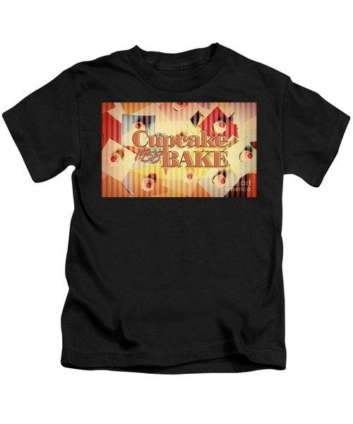 Cupcake Bake 1958 Kids T-Shirt