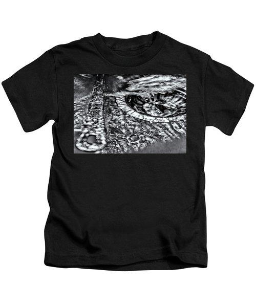 Cutlery Tsunami Kids T-Shirt