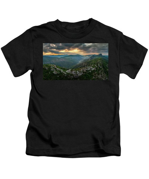 Epic Linville The Chimneys Kids T-Shirt