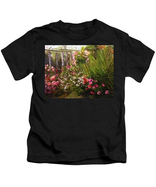 Columns At Evergreen Arboretum Kids T-Shirt