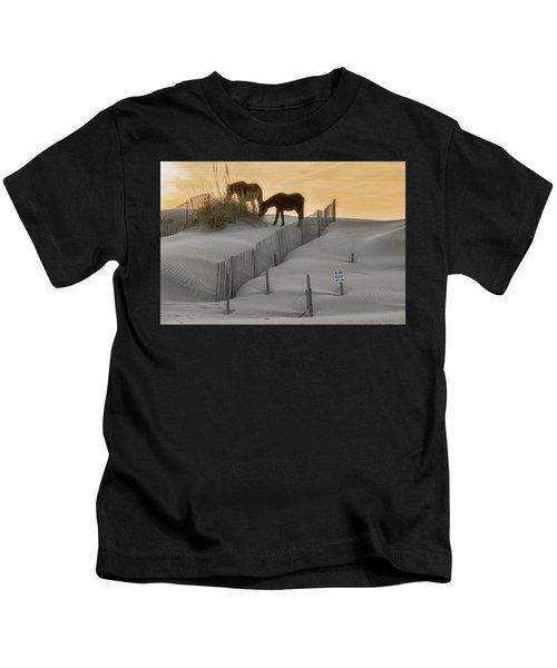 Golden Horses Kids T-Shirt