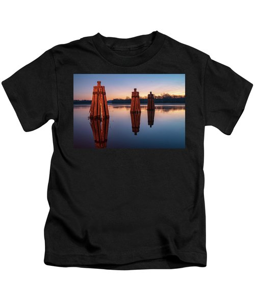 Group Of Three Docking Piles On Connecticut River Kids T-Shirt