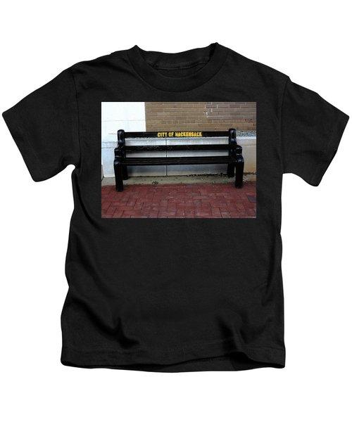 Hackensack, Nj - Main Street Bench 2018 Kids T-Shirt