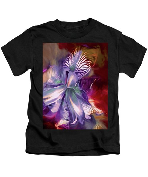 Iris Splendor 12 Kids T-Shirt