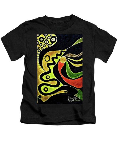 Making Waves.. Kids T-Shirt
