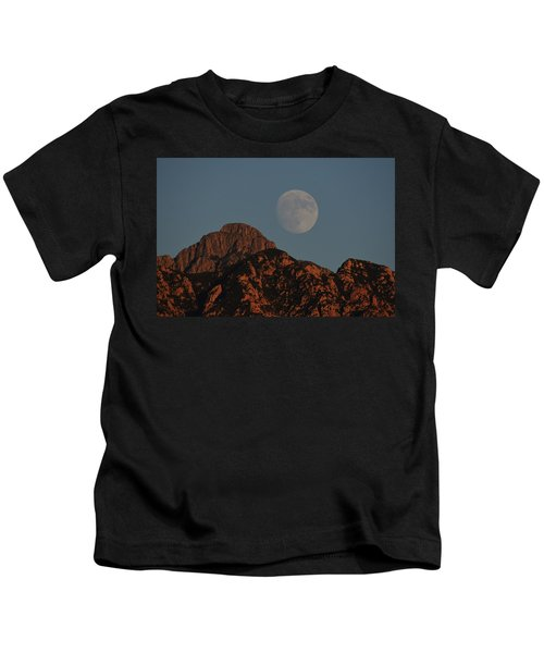 Moon Rise Over Mount Wrightson  Kids T-Shirt