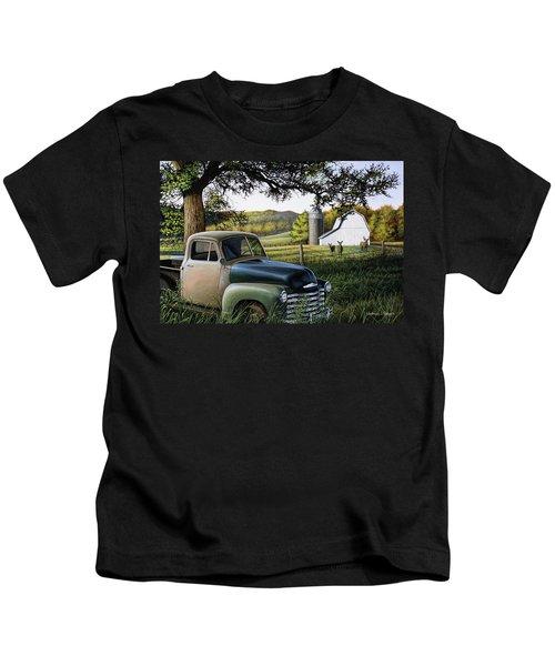 Old Farm Truck Kids T-Shirt
