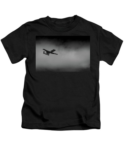 Out Of The Clouds - A-10c Thunderbolt Kids T-Shirt
