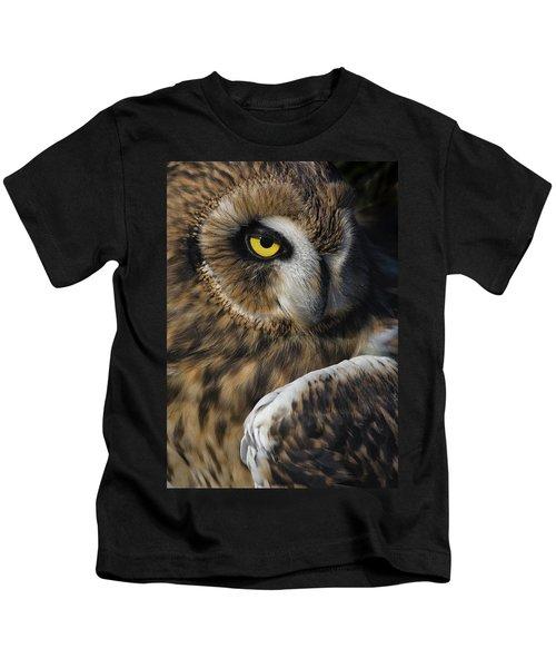 Owl Strikes A Pose Kids T-Shirt