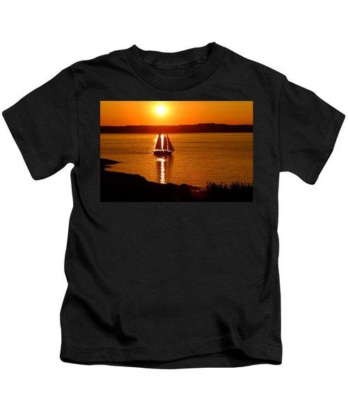Sailing At Sunset Kids T-Shirt