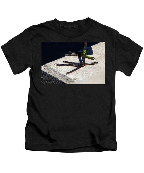 Sharp Perspective  Kids T-Shirt