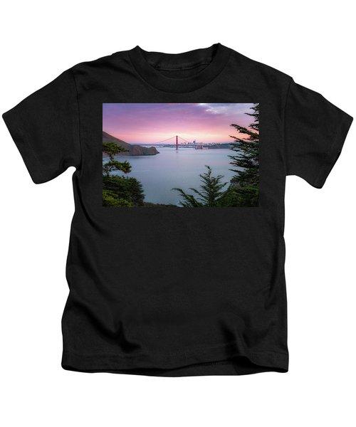 The Golden City  Kids T-Shirt