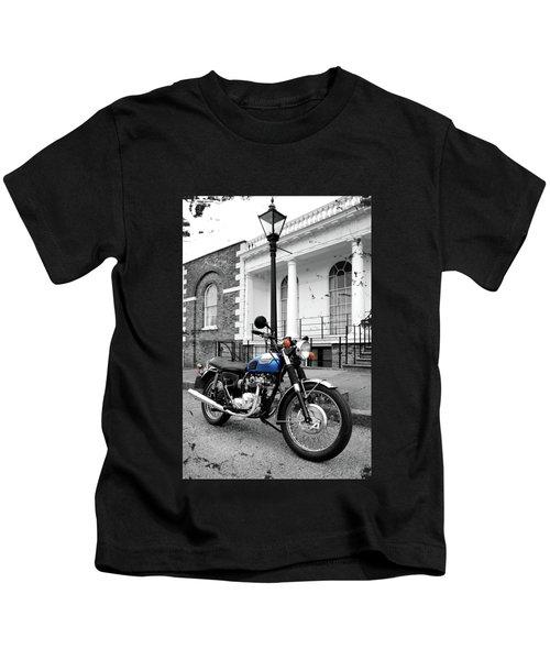 The T100r Daytona Classic Motorcycle Kids T-Shirt