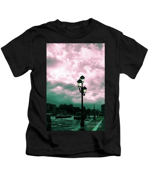 Winter Venice Lantern On The Embankment Kids T-Shirt