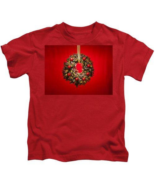 Advent Wreath Over Red Background Kids T-Shirt