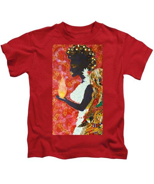 Sun Guardian - The Keeper Of The Universe Kids T-Shirt