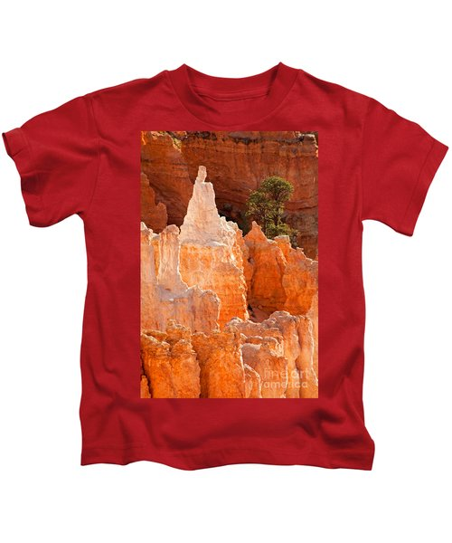The Pope Sunrise Point Bryce Canyon National Park Kids T-Shirt