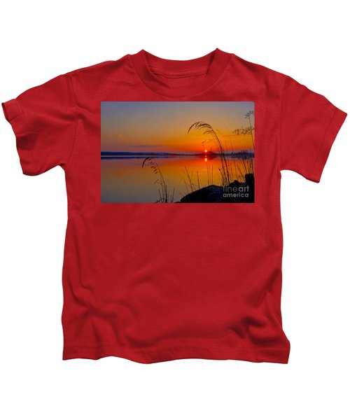 In The Morning At 4.04 Kids T-Shirt