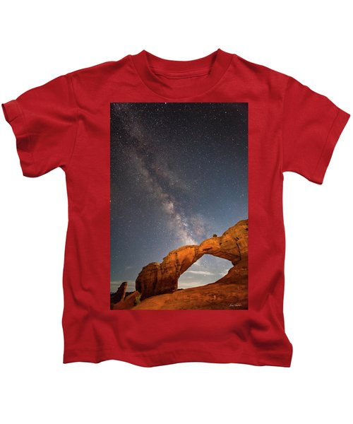 Broken Arch And Milky Way Kids T-Shirt