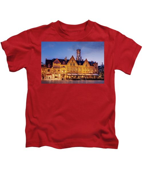 Burg Square Architecture At Night - Bruges Kids T-Shirt