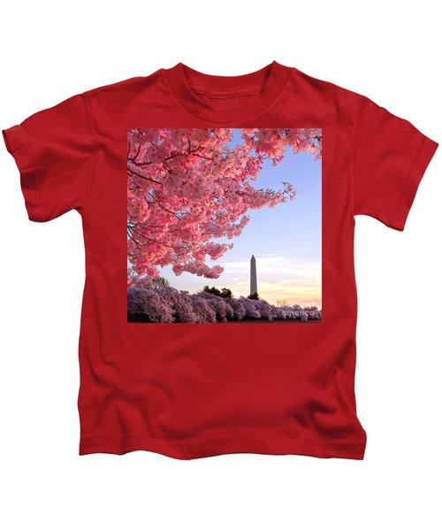 Cherry Tree And The Washington Monument  Kids T-Shirt