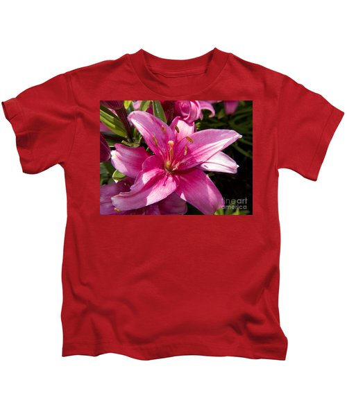 A Lily Speaks Of Love In The Language Of The Heart Kids T-Shirt