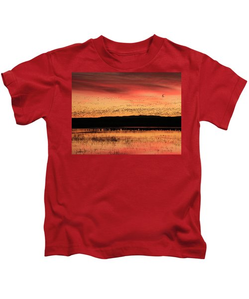 Crimson Sunset At Bosque Kids T-Shirt