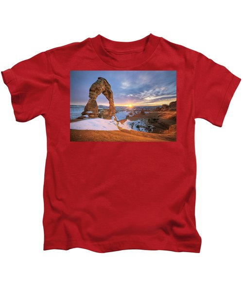 Delicate Arch Winter Kids T-Shirt
