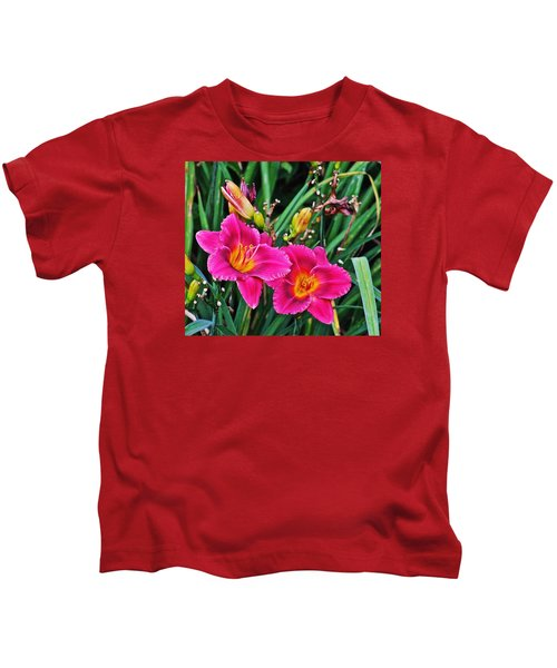 Glorious Daylilies Kids T-Shirt