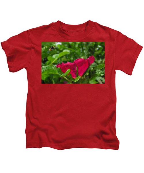 Incoming Rose Kids T-Shirt