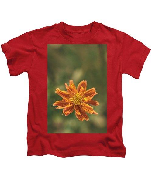 Manifesting Sundot..... Kids T-Shirt