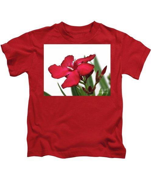 Oleander Blood-red Velvet 2 Kids T-Shirt