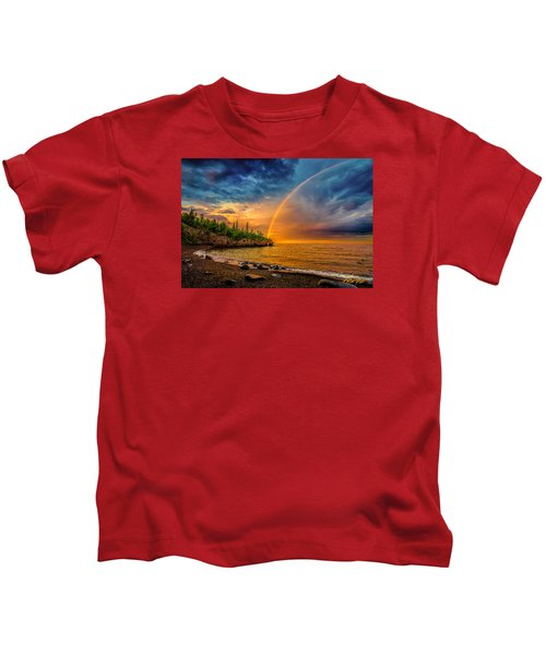 Rainbow Point Kids T-Shirt