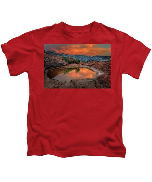Red Canyon Reflection Kids T-Shirt