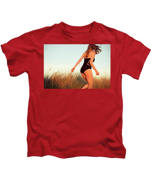 Running Unsharp In The Golden Hour Kids T-Shirt