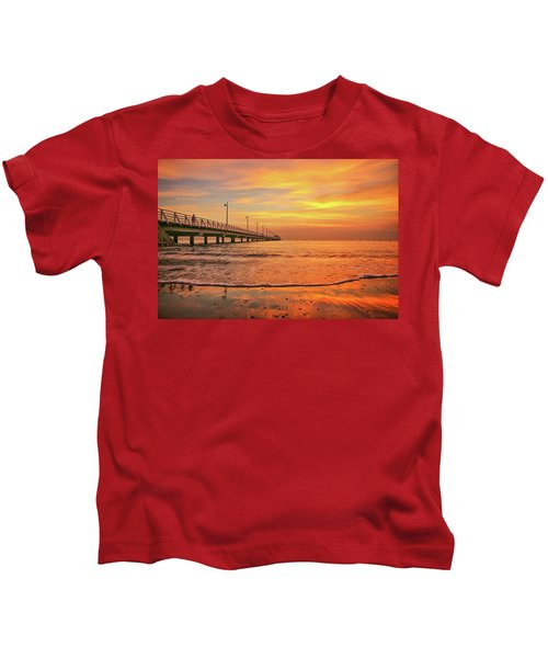 Sunrise Delight On The Beach At Shorncliffe Kids T-Shirt
