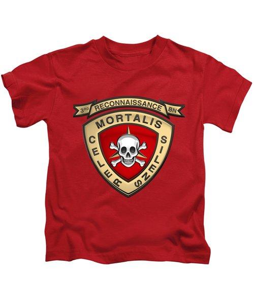 U S M C  3rd Reconnaissance Battalion -  3rd Recon Bn Insignia Over Red Velvet Kids T-Shirt