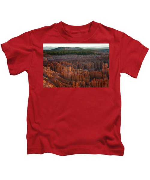 First Light On The Hoodoo Inspiration Point Bryce Canyon National Park Kids T-Shirt