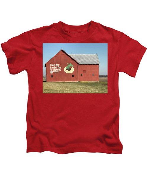 Ohio Barn  Kids T-Shirt