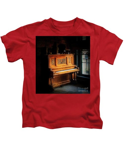 Old Wooden Piano Kids T-Shirt