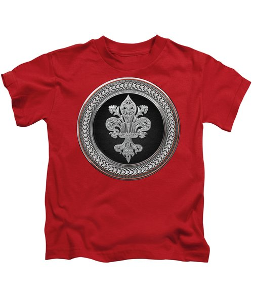 Silver Filigree Fleur-de-lis On Silver And Black Medallion Over Red Leather Kids T-Shirt