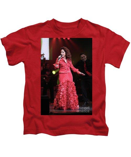 Singer Gloria Estefan  Kids T-Shirt