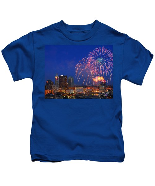 D21l-10 Red White And Boom Fireworks Display In Columbus Ohio Kids T-Shirt