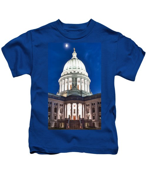 Wisconsin State Capitol Building At Night Kids T-Shirt