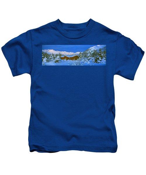 Cabin Mount Alyeska, Alaska, Usa Kids T-Shirt