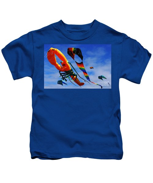 Go Fly A Kite 3 Kids T-Shirt